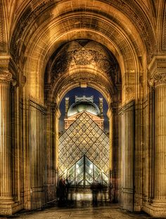 Louvre at night by Kay Gaensler