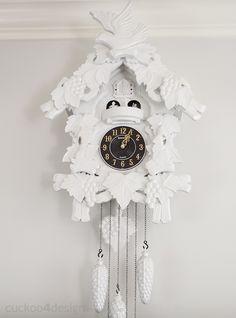Quirky DIY: Painting cheap cuckoo clocks