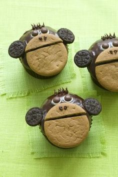 Jungle monkey cup cakes