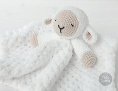Sleepy Sheep Lovey Pattern Security Blanket Crochet por TillySome