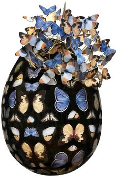FINDING THIS UNDER YOUR NAME --I HOPE U DON'T MIND, MADE ME LAUGH! ...women. THIS IS NOT AN IMPERIAL Peter Carl House of Fabergé EGG, by any means! pleasssssssse! Maybe it was made last week???? PROVENANCE please? original caption: Faberge Egg Art