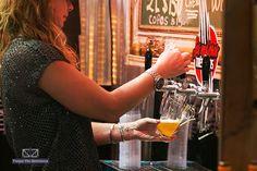 Na quarta-feira, dia 09 de março, aconteceu em Blumenau, Santa Catarina, o primeiro dia do maior festival de cerveja da América do Sul, o Festival Brasileiro de Cerveja.A feira reuniu inúmeros fabricantes de equipamentos e produtos voltados especialmente para o mercado cervejeiro. Os ingressos custaram R$ 12 para os dois primeiros dias e R$ 25 para o final de semana, qualquer pessoapoderiaparticipar. Com um aumento de quase 20% em relação ao ano passado, o festival acabou no sábado (12)…