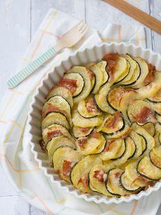 Zucchine e patate al forno con prosciutto cotto