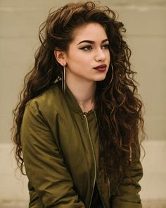 Dytto - teenage model and pop dancer. I WANT HER HAIR! My dream hair. She's so confident, talented and gorgeous. GOALS