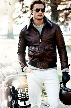 A cool pair of sunglasses and a leather jacket are always a classic combination.