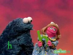 Sesame Street A dog learns about the letter U