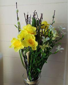 Artificial Flower Daffodil Spring Bundle - Irish Plants Direct