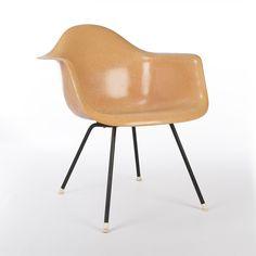 Original Herman Miller Venice Label Eames Peach DAX Chair