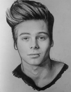 Luke Hemmings from 5SOS, just finished :D If you like this follow me on Twitter @Sara_Scrive or please help me to give to Luke my draw