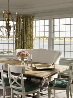 House of Turquoise| dining room