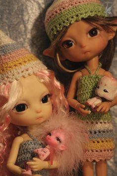 Pastel Colored Crochet Spring Fashion ~Outfits by Lin Murasaki Design Linda Stephan ~CCC Filia Moon 30cm YoSD Firefly Faerie ~OOAK 'GhettoFae' Fidelina Fidelia Firefly Faerie pink 9cm ~Song Sakura - Wooden Designer Toy