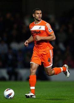 Manchester City chasing Tottenham youngster Steven Caulker