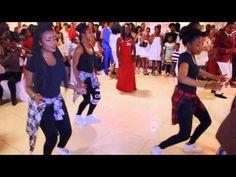 Choreographie Mariage de Mama Rachel et Papa Devos - YouTube