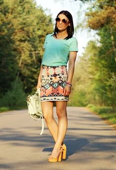 I hate everyone that owns this skirt, b/c I WAAAANT it !!!! :(