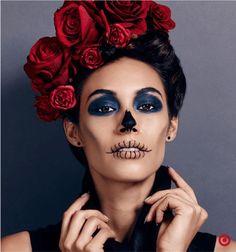 Easy DIY Sugar Skull Halloween makeup Sugar Skull Halloween, Halloween Makeup Looks, Halloween Make Up, Halloween Ideas, Halloween Pranks, Halloween Costumes, Costume Makeup, Party Makeup, Catrina Costume