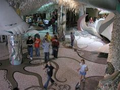 "Previous pinner says: ""St Louis City Museum - a treat for the artistic mind!"""