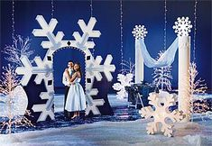 winter wonderland decorations | Let it snow! Our winter decorations and theme kits will have your ...