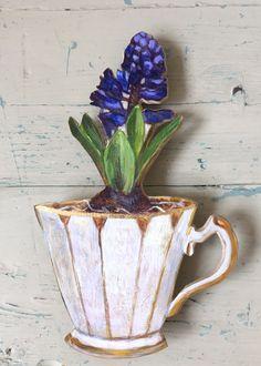 Andrea Letterie, Hyacinth blauw 2, Gemengde techniek op paneel, 33 cm, €.200,-