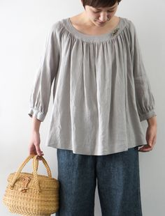 need to start a board for peasant blouses! LOVE.