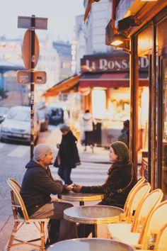 Honeymoon photo session in Paris France. paris cafe in Montmartre. http://rowellphoto.com/overseas