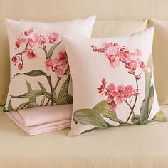 Gump's has everything you need from decorative throw pillows to floral arrangements, decorative vases to chic lighting. Diy Pillows, Cushions On Sofa, Decorative Throw Pillows, Hand Embroidery, Embroidery Designs, Decoration Shabby, Chinoiserie Motifs, Embroidered Cushions, Deck Decorating