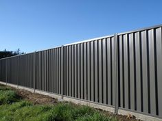 Fences ColourPanel Classic by Boundaryline New Zealand - Modern Design Fence Gate Design, Modern Fence Design, Privacy Fence Designs, House Gate Design, Privacy Fences, Steel Fence Panels, Garden Fence Panels, Corrugated Metal Fence, Wooden Fence