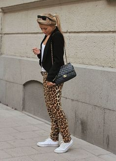 Blogger style inspiration: leopard pants, converse & ...