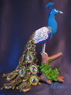 A Crochet Peacock! by cristina Crochet Parrot, Peacock Crochet, Crochet Bird Patterns, Peacock Pattern, Crochet Birds, Crochet Animals, Crochet Dolls, Crochet Yarn, Stuffed Animal Patterns