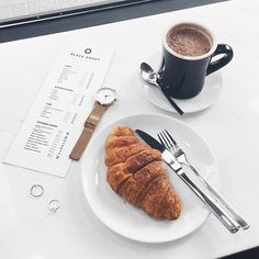 Weekend errands...but first ☕️ #croissant #coffee #instafood // @fashionagony wears Frame-Crescent Gold Rings