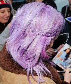 Perrie Edwards I love lavender hair! Such a pretty color but I could never pull it off