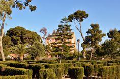 Los Jardines de La Concepción y Manzaneta son uno de esos lugares en los que el tiempo parece haberse detenido. Pasear por sus sendas permite asomarnos a una ventana desde la que podemos observar un tiempo pasado