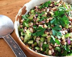 Black-eyed pea salad  Recipe Link: kitchenparade.com  Click here for more healthy recipes!