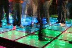 Sustainable Dance Club is a Rotterdam company with a dance floor that turns dancers' movement into electricity—up to 30 watts for each square of the floor, or 5 to 20 watts- per person depending on dance style. Sustainable Energy, Sustainable Design, Nocturne, Solar Powered Lamp, Homemade Generator, Solar Water Heater, Kinetic Energy, Renewable Sources Of Energy, Energy Resources