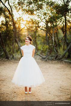 1950's inspired wedding dress- dress: @DEAR GOLDEN photo: Lakshal Perera
