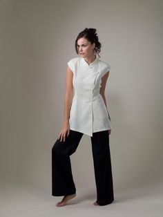 Yin – White Spa Uniform Top