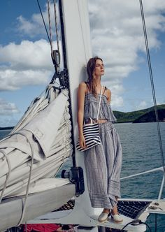 How to Be Best Dressed on a Boat This Summer How+to+Be+Best+Dressed+on+a+Boat+This+Summer+via+Who What Wear Boat Fashion, Nautical Fashion, Fashion Shoot, Editorial Fashion, Fashion Dresses, Beach Editorial, Nautical Style, Curvy Fashion, Fall Fashion