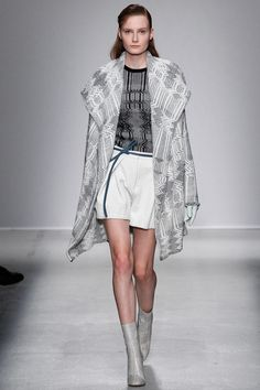 Christian Wijnants | Fall 2014 Ready-to-Wear Collection | Style.com