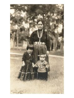Navajo Mother and Children