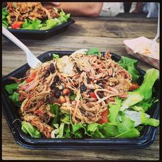 Smoked pulled pork salad for lunch... jummie! :-)