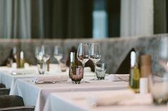 Restaurant Bar, Table Decorations, Home Decor, Decoration Home, Room Decor, Home Interior Design, Dinner Table Decorations, Home Decoration, Interior Design