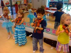 Our preschoolers learn violin  www.elitekidsusa.com