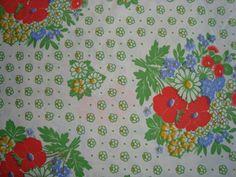 Retro Danish bed linen from the 70s. #trendyenser #retro #danish #bed #linen #1970 #70s #dansk #pudebetræk #sengetøj #sengelinned #betræk #forsale #sælges på www.TRENDYenser.com