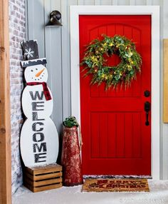 Add a little holly jolly Christmas decor to your home, starting with your front door!