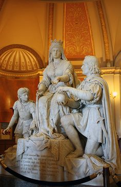 AnnAbbott1 Christopher Columbus and Queen Isabella in the loby of the California State Capitol, Sacramento Ann Abbott Photography