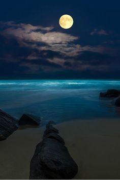 Beauty Mother Earth photography night ocean moon supermoon la luna