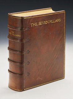 lawrence, t. Seven Pillars Of Wisdom, Heritage Crafts, Old Books, Book Binding, Book Journal, Book Covers, Initials, Author, Illustrations