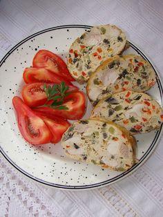 Cristina's world: Rulada din carne de pui cu legume