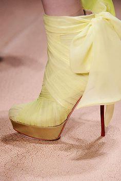 {Vintage Inspired Banana Wedge}, by Valentino #wedge #valentino #yellow