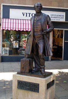 File:Thomas-Cook-Statue.JPG