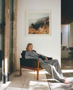 Inside Rosie Huntington-Whiteley's Chic Malibu Mansion Fashion Shoot, Look Fashion, Editorial Fashion, Fashion Clothes, Fashion Women, Fashion Ideas, Fashion Tips, Rosie Huntington Whiteley, Photography Poses